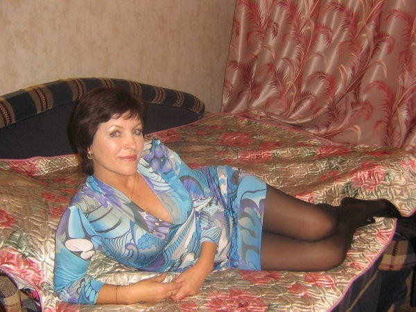 Знакомства со взрослыми женщинами в москве